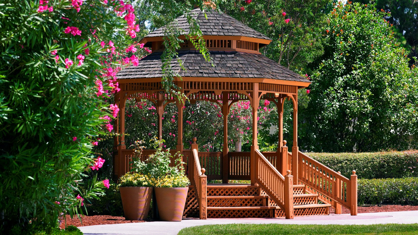 Silicon Valley Meetings - Garden Gazebo